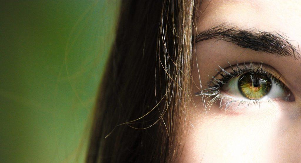 Misurazione pressione oculare in Farmacia