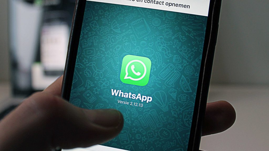 Prenotare farmaci con un messaggio, scopri il nuovo servizio WhatsApp di SFERA